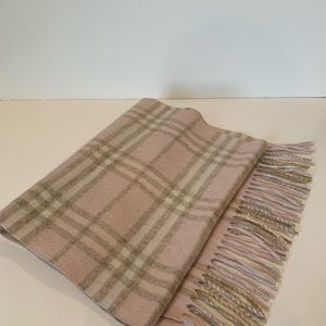 Authentic Burberry light pink cashmere scarf